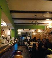 Acropolis Greek Tavern