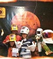 [Image: parabens-astronautas.jpg]