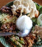 Watu Dodol Restaurant
