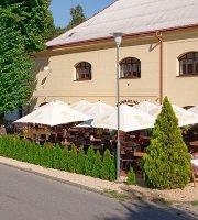 restaurace JACHTA Choceň