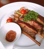 Mougl Steak