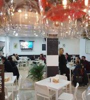 La Ermita Bar & Café