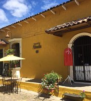 CASA DE LA ABUELA Coffee Shop