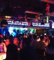 La Cantina Sports Bar
