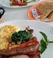 Schmooze Cafe