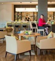 The Green Restaurant & Bar