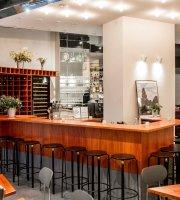 ANNA Bar Restaurant