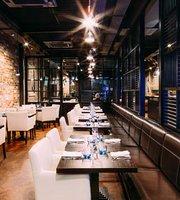 Mour Bar & Restaurant