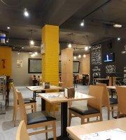 La Plume Restaurant Pizzeria