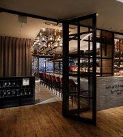 Salt grill & tapas bar