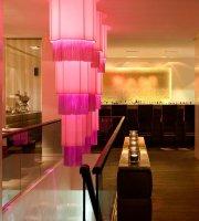 QIU Bar & Restaurant
