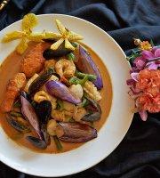 Thai Singha and Sushi