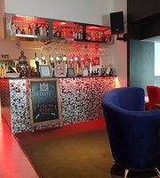 Q Sports Lounge