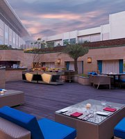 Aire Skybar & Grill