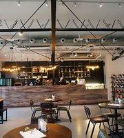 GoodNine Cafe