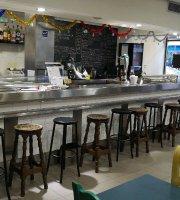 Arepa y Cafe