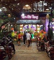 Nhà Hàng Tam Gia Trang
