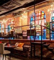 Pravda Cafe Club