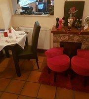 KArisMA, Café /Bar/Restaurant