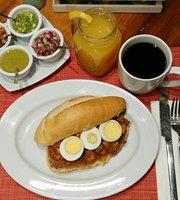 Los Desayunos