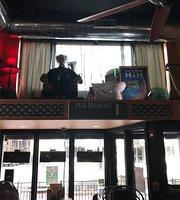 Pub Mahone