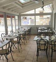 Le Cafe  de la Place