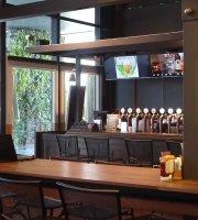 Beer Talk Cafe & Bar - Tainan Ximen Store