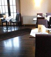 MR Hotel & Restaurant lukAs