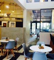 The Summer House Eatery