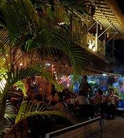 Park Inn Guest House & Bar