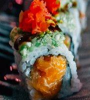 Hagakure - Fusion & Sushi