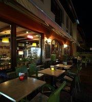 Lotus cafe&wine bar