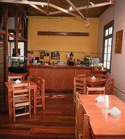 Peregrina Cafe & Travel Center