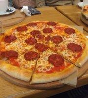 Dve Pizzy