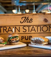 ‪The Train Station Pub‬