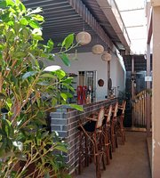 Rambutan Pub & Food