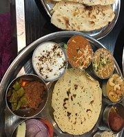 Rajasthani Thali Wala