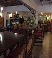 Tea Villa Cafe Fort