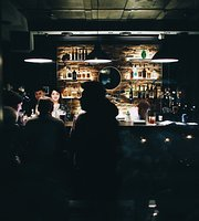 28/33 Home Bar