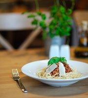 Fresco Lunch & Restaurant Matarnia