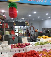 Boon's Fresh Fruits And Juices