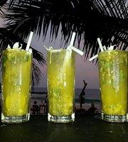 La Ola Beach Resto&Bar
