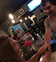Pat's Wine Bar & Grill