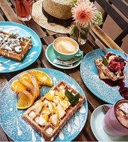 Sowa Cafe