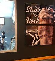 Rock Me & Co