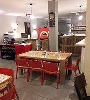 Pizzeria Trattotia Rosso Pompdoro