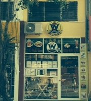 Cafe Solar Wind