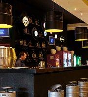 Colina Lounge