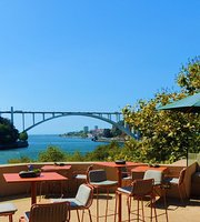 Douro Lounge & Douro Sky Lounge