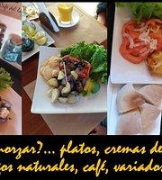 Cafe del Lago Huillinco